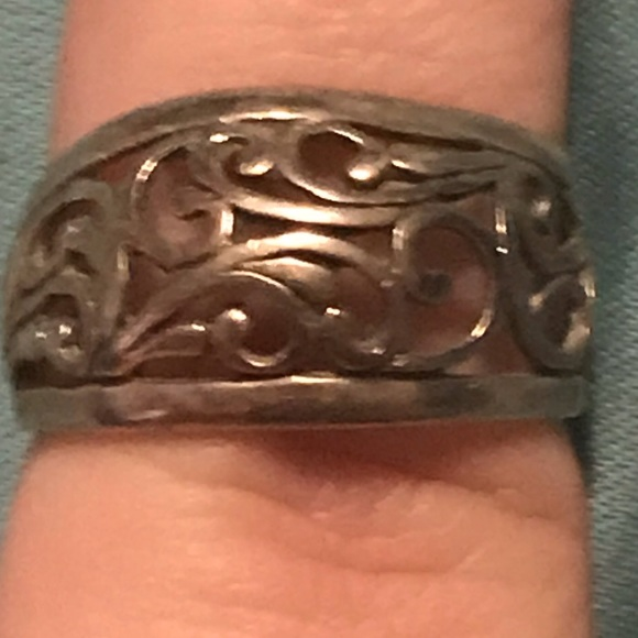 Jewelry - Sterling silver Kelsey ring